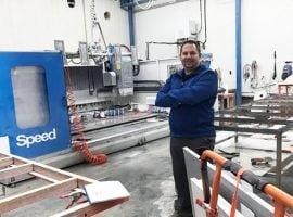 Comptoirs 2000 acquiert une deuxième machine spécialisée dans la découpe du granit et du quartz
